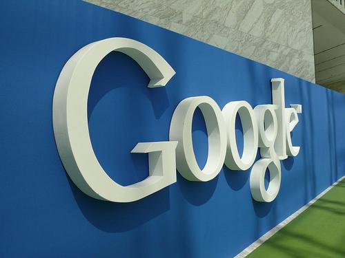 Google、SpotifyやDeezerと競合する定額制音楽ストリーミングサービスの開始に向けて大手レコード会社と交渉中