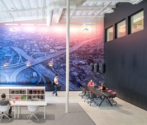 Beats-by-Dre-headquarters-by-Bestor-Architecture_dezeen_468_17