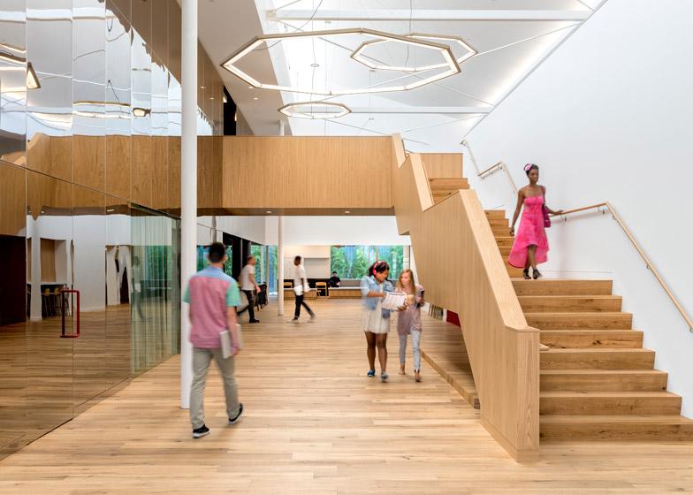 Beats-by-Dre-headquarters-by-Bestor-Architecture_dezeen_784_0