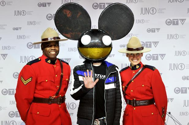 1885259-deadmau5-juno-awards-canada-2012-617-409