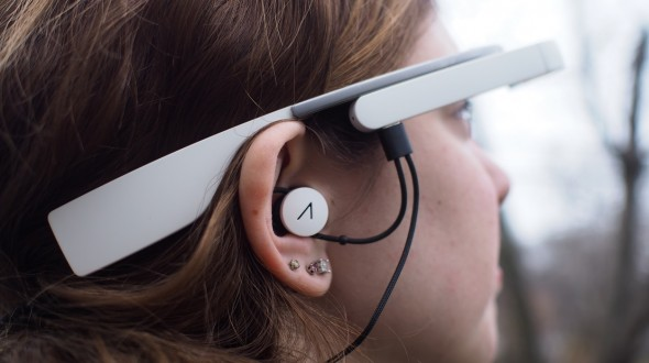 Glass-Earbuds-Featured-590x330