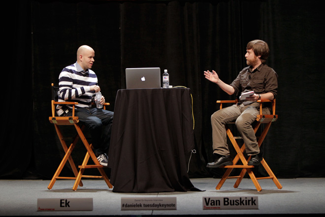 SXSW 2013のキーノートでSpotifyのCEOダニエル・エクにインタビュー。Image via Wired