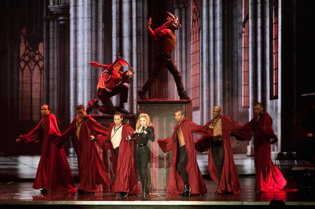 Madonna_MDNA_Concert_Live_D7C312722