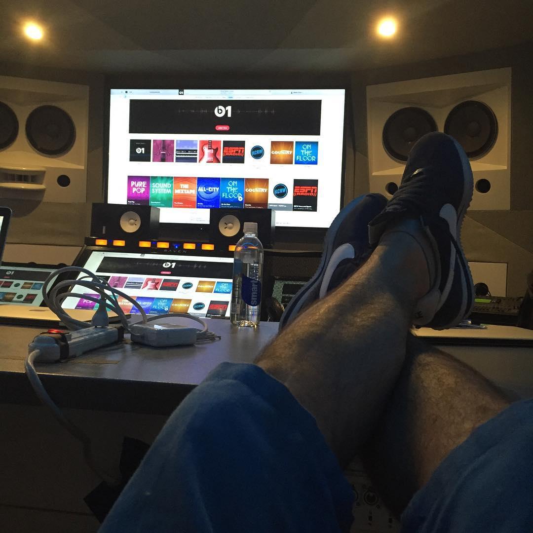 Beats-1-studio