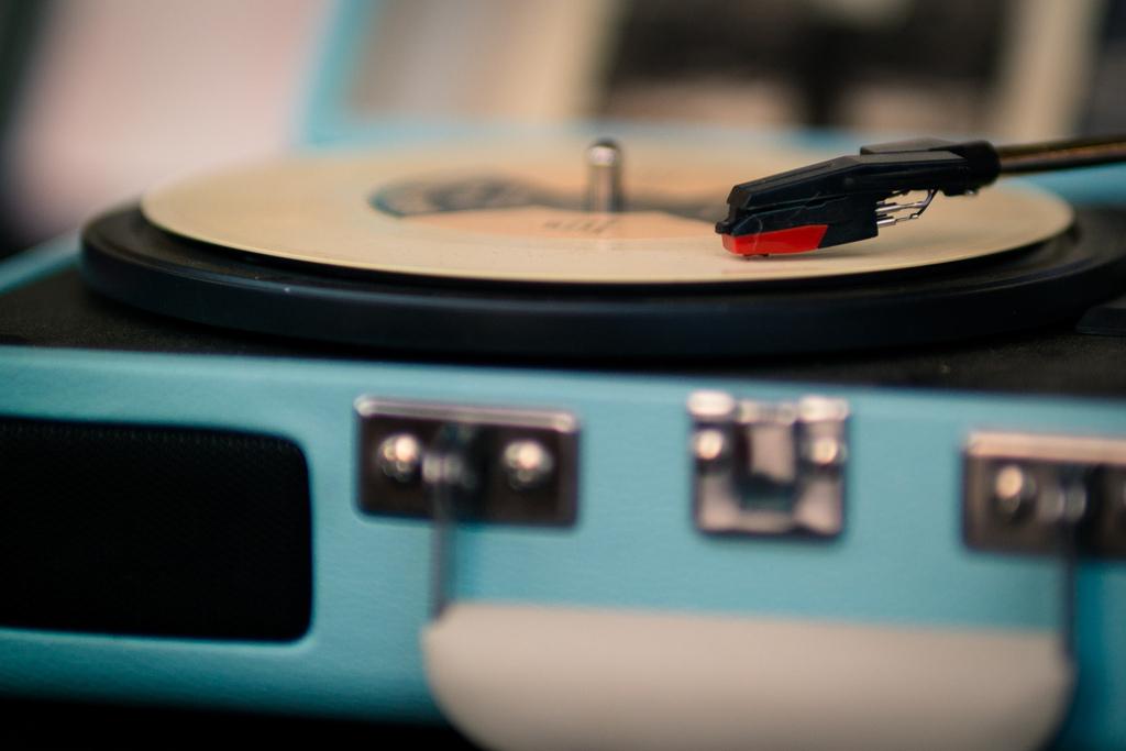 vinylplayer_2015