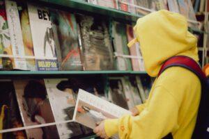 Vinyl_shopping